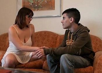 Esta fue la señora que desvirgó y descubrió a Jordi ENP