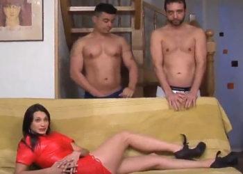 La española Ana Ribera recibe una doble penetración en un trío