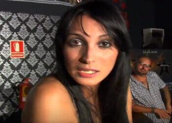 El último cliente del bar le metió una follada anal a la camarera